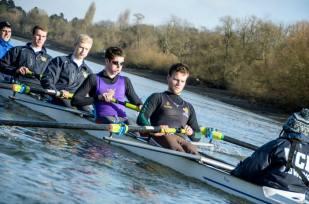Senior men training on the Tideway